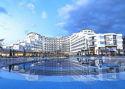 6f1d8008f498f3f0f9c17c92ff522a71 1 - Sea Light 5 - один из лучших отелей в Кушадасы (Турция) для семейного отдыха