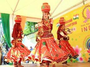afe16109d5d71336be99a754d7cf6402 - В Посольстве Индии 1 июня впервые пройдет «Индийский летний базар»