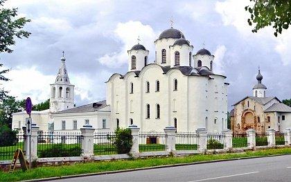 Nikolskiy sobor Velikogo Novgoroda - Nikolskiy-sobor-Velikogo-Novgoroda