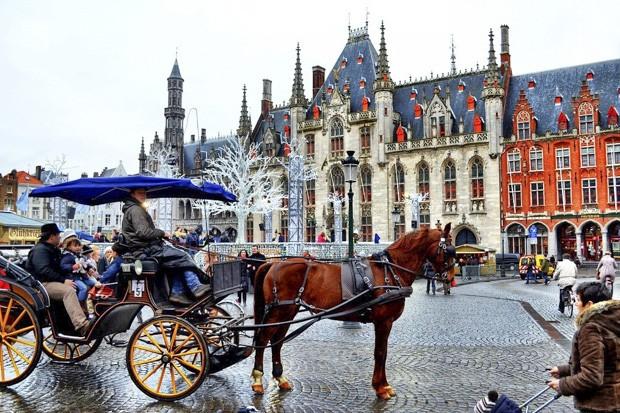 d32b6bff26faa8933a17802926ad3103 - Семь городов — жемчужин Европы, которые недооценены туристами