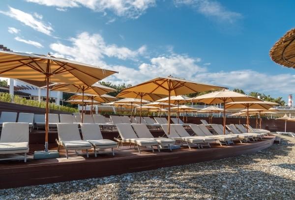 f29897b89a6ba964afb5cbdea382131e - Открытие роскошного пляжного комплекса «Кемпински Гранд Отель Геленджик»
