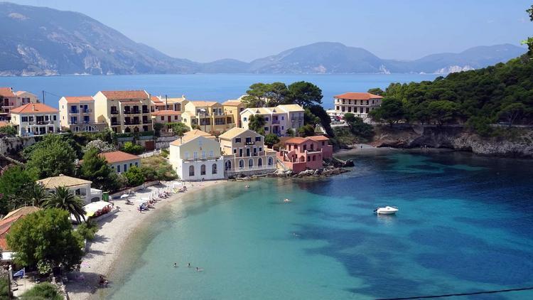 750 0 bgblur lgmf179eddd7 15656836613083 - Где и как увидеть ту самую Грецию, о которой рассказывали на уроках истории