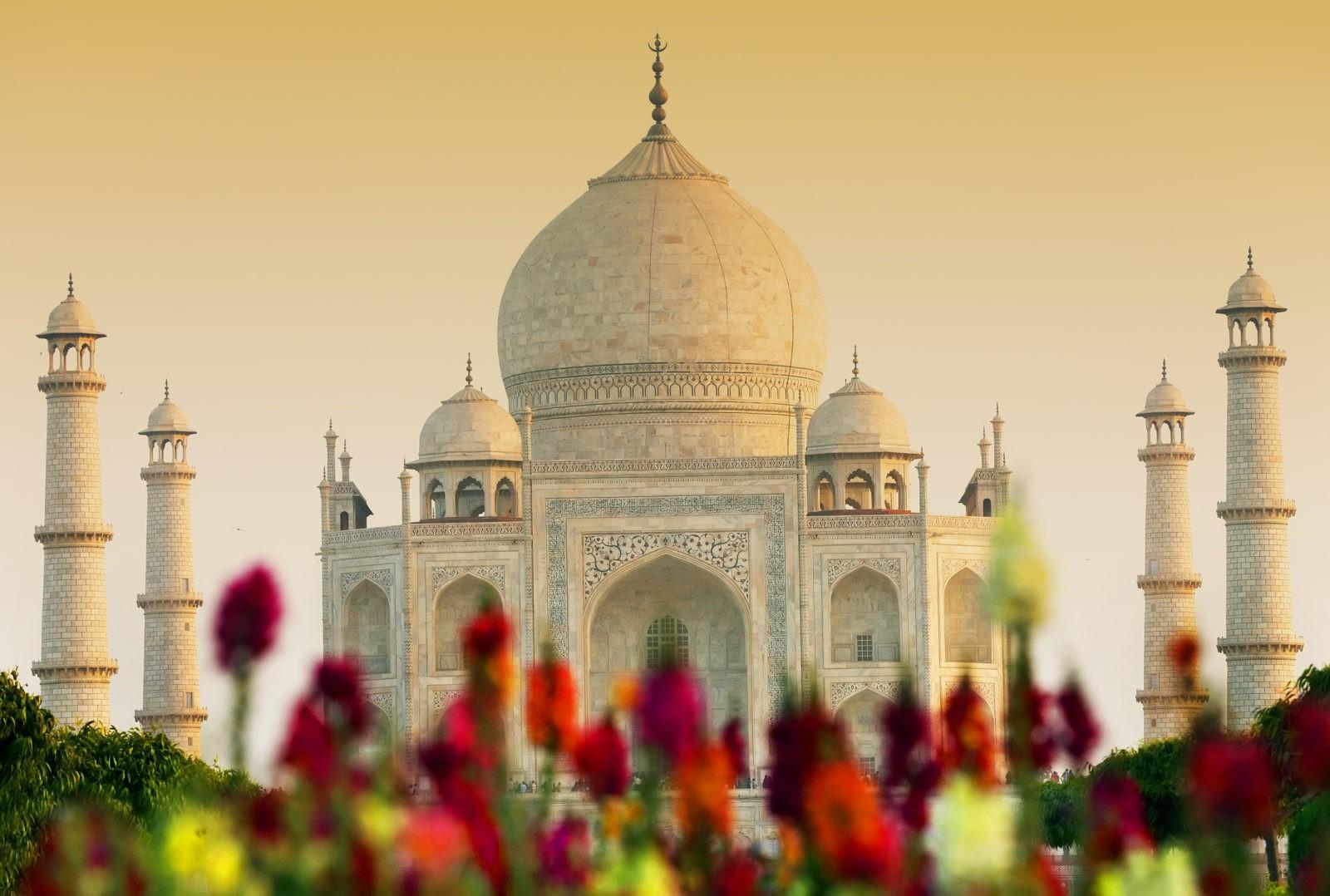 Taj Mahal India Agra 501892 1 - На Новый год в Индию