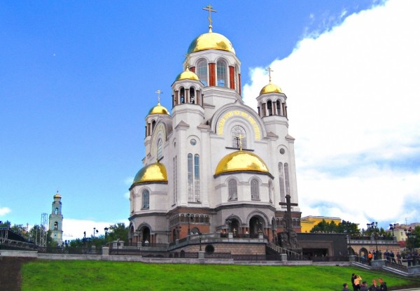 8b758fe7c98a1a77c6224e0555323e6e - «Екатеринбург, Тобольск, Тюмень привлекательны для туристов своим драматизмом, а история остальных, за исключением Санкт-Петербурга, связана с царской семьёй»