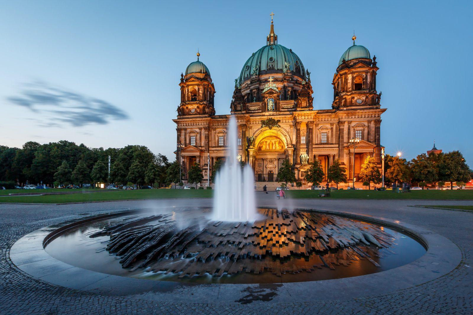 Fountains Germany Berlin 469399 - Поехать в Германию самостоятельно
