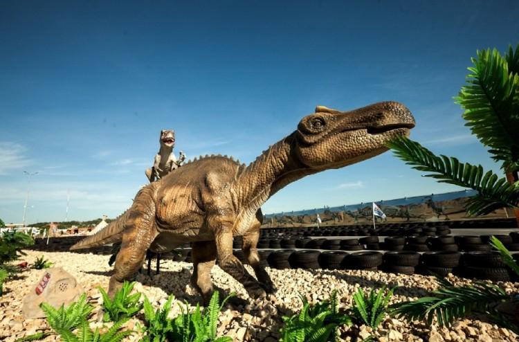 9 Park dinozavrov Zateryannyiy Mir  - Адлер: достопримечательности и развлечения