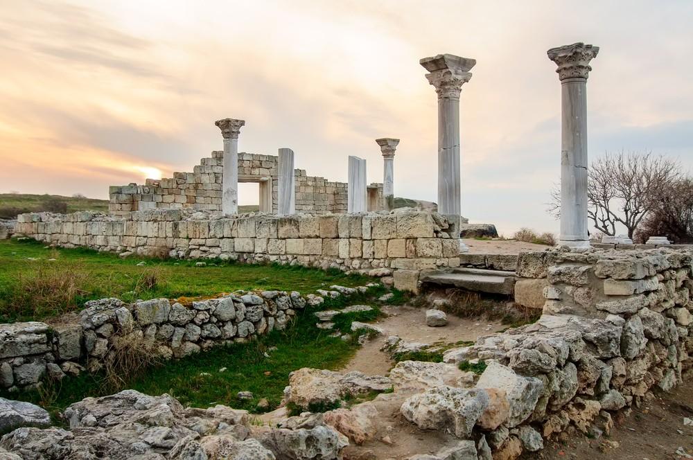 Depositphotos 44763167 s 2019 - Ruins of  greek colony Khersones, Sevastopol