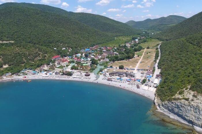 dyurso 700x464 1 - 18 лучших курортов Краснодарского края