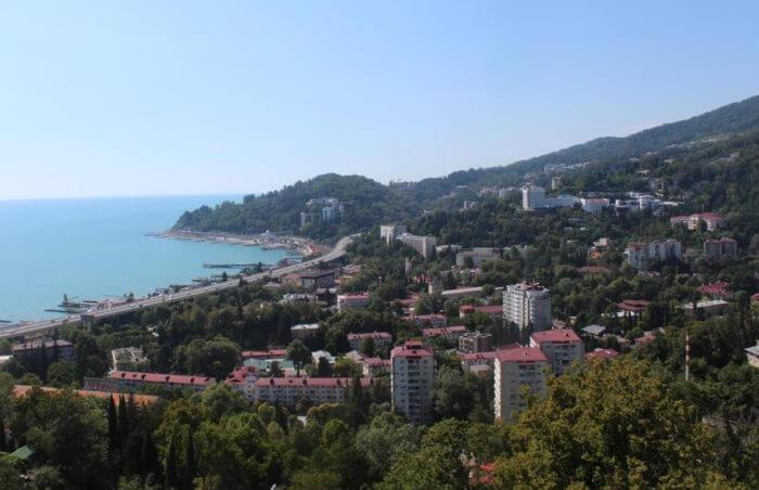 hosta 700x452 1 - 18 лучших курортов Краснодарского края
