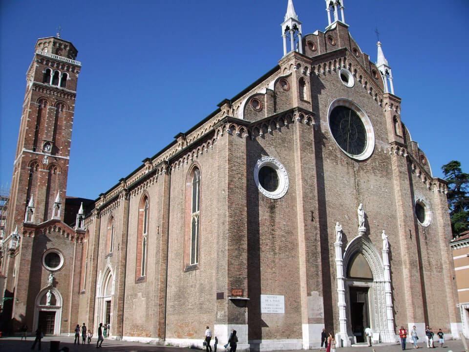Cathedral of Santa Maria Gloriosa dei Frari - Что посмотреть в Венеции за 4 дня — 30 самых интересных