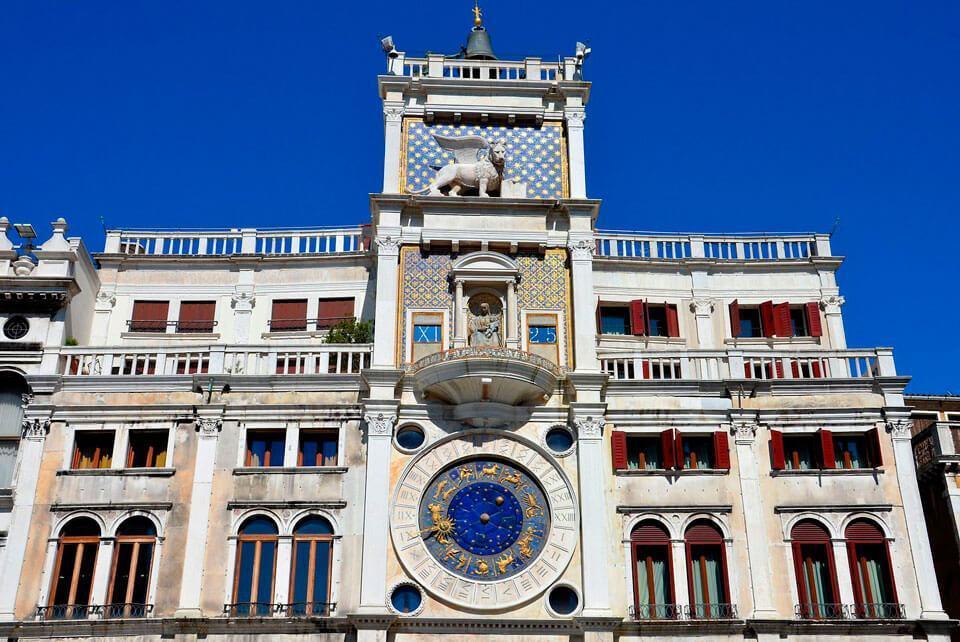 St Marks Clock Tower - Что посмотреть в Венеции за 4 дня — 30 самых интересных