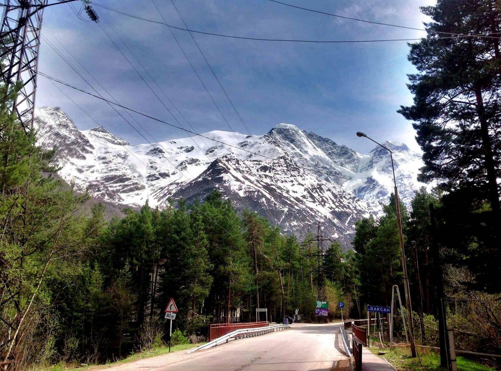 Trekking v prielbrusye 5 1558959845 - Акварель Кавказских гор Треккинг на юге Приэльбрусья